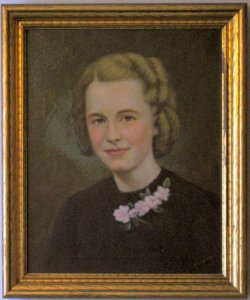 Jean Wolcott Lewis (Darla's mother)