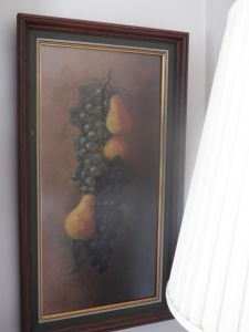 Grapes Hanging with Pears